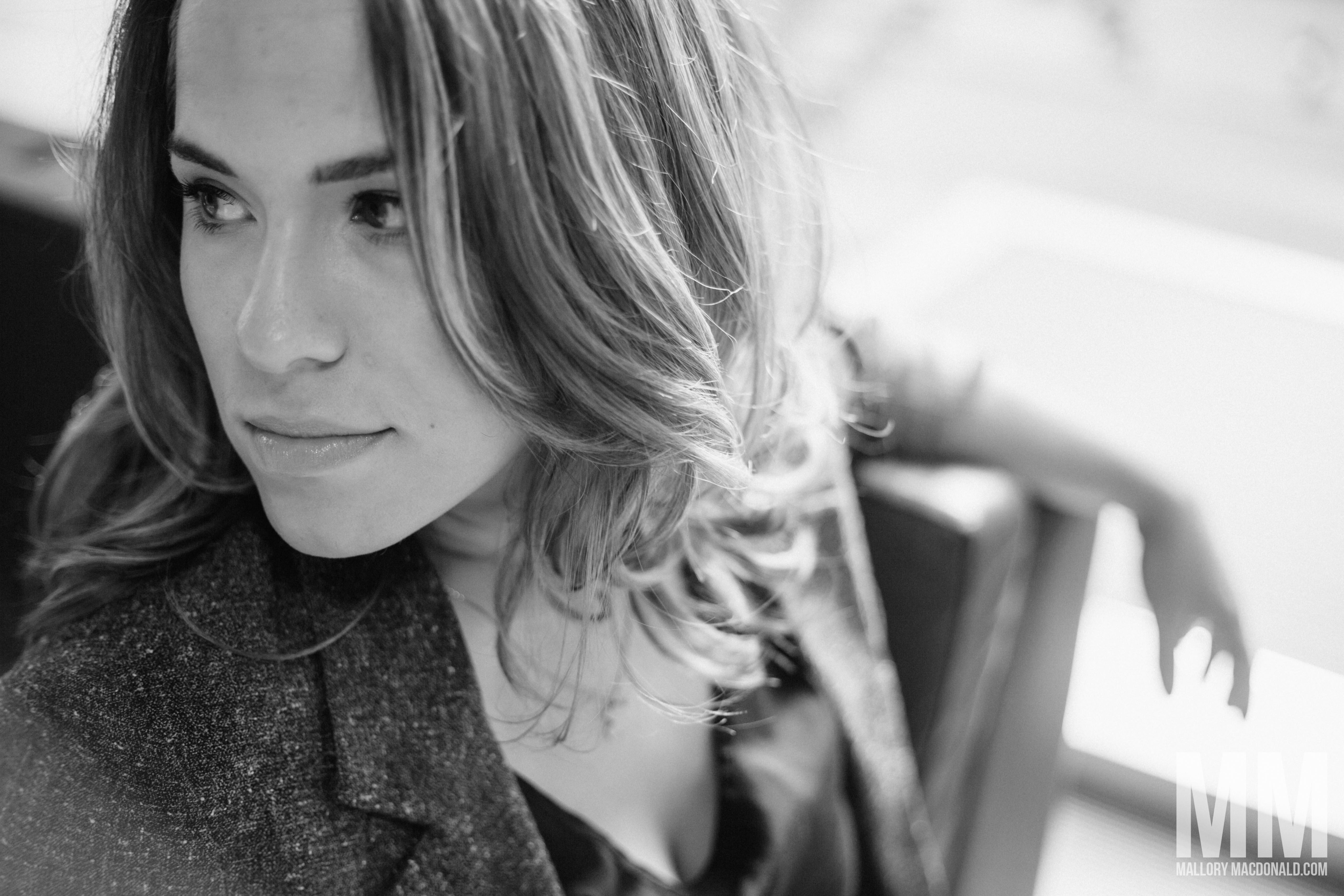 Becky-seattle-rb spa studio-storyville coffee-photo shoot-mallory macdonald-8079