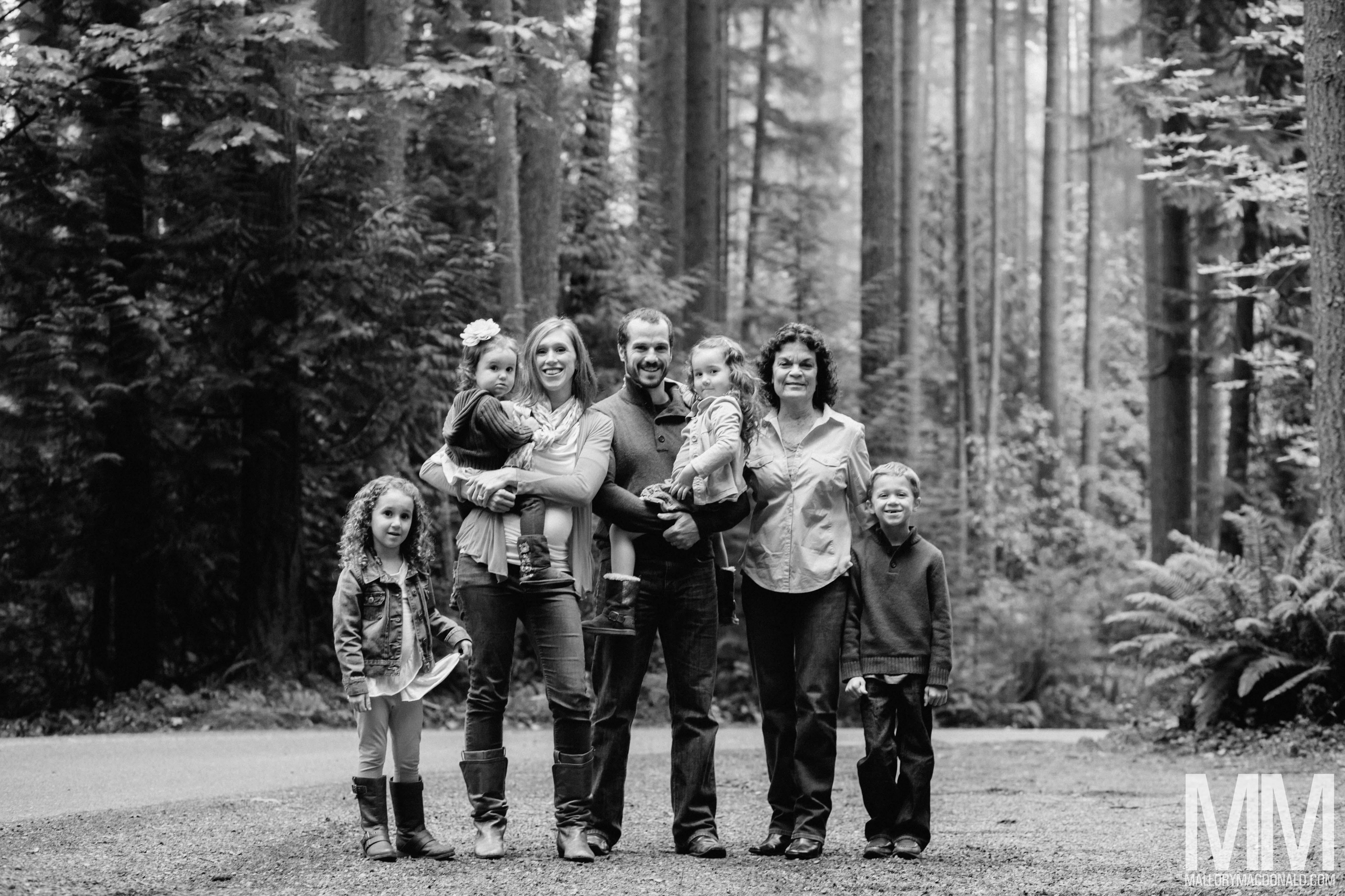 seattle childrens photographer-mallory macdonald-redmond-farrel mcwhirter park-children-families-8609